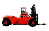 counterbalanced-diesel-forklift-truck-56197-2682299.jpg